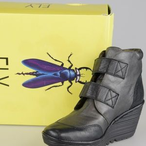 New with Box - Fly London Yugo 684 Wedge Boots